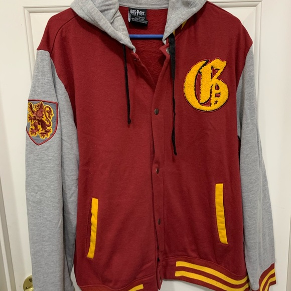 Warner Bros. Jackets & Blazers - Harry Potter gryffindor snap jacket